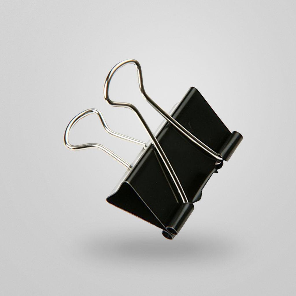 Die Foldback Klammer – ein echtes Allroundtalent. Ob als Kabelhalter, Sortierhilfe im Büro oder Helfer im Alltag: die Vielzweckklemme hilft Abläufe im Arbeitsalltag zu optimieren. Praktische Tipps auch unter: www.mauly.de Details & Bestellung